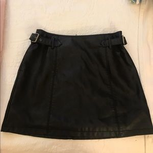 Free people leather skirt size 6